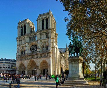 Notre Dame Katedrali - Notre Dame de Paris Pariste.Net