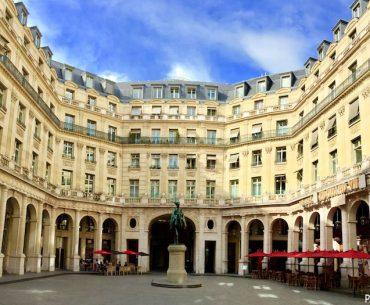 VII. Edouard Meydanı- Place Edouard VII Pariste.Net