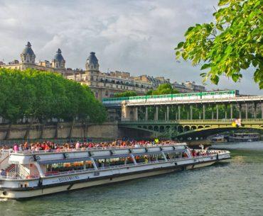 Bateaux Mouches Pariste.Net